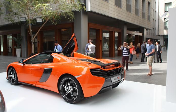 Motorvillage_McLaren_image